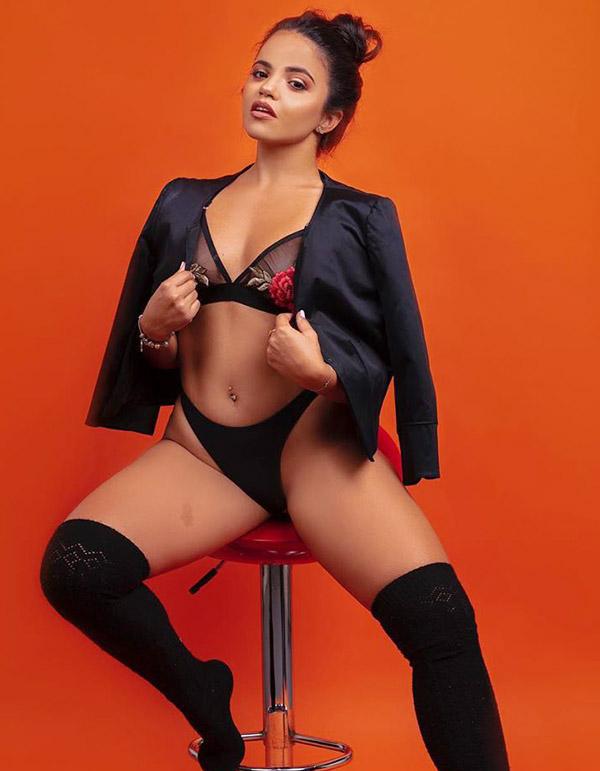 Karla Soler - @karly_dsb