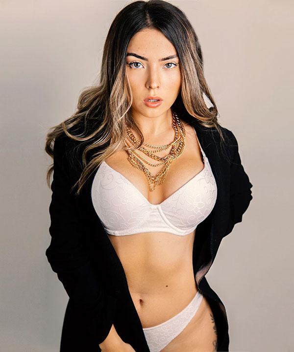 Veronica Peña - @ms.veronicapz